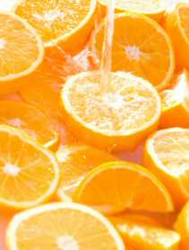 Oranges and orange juice in detox